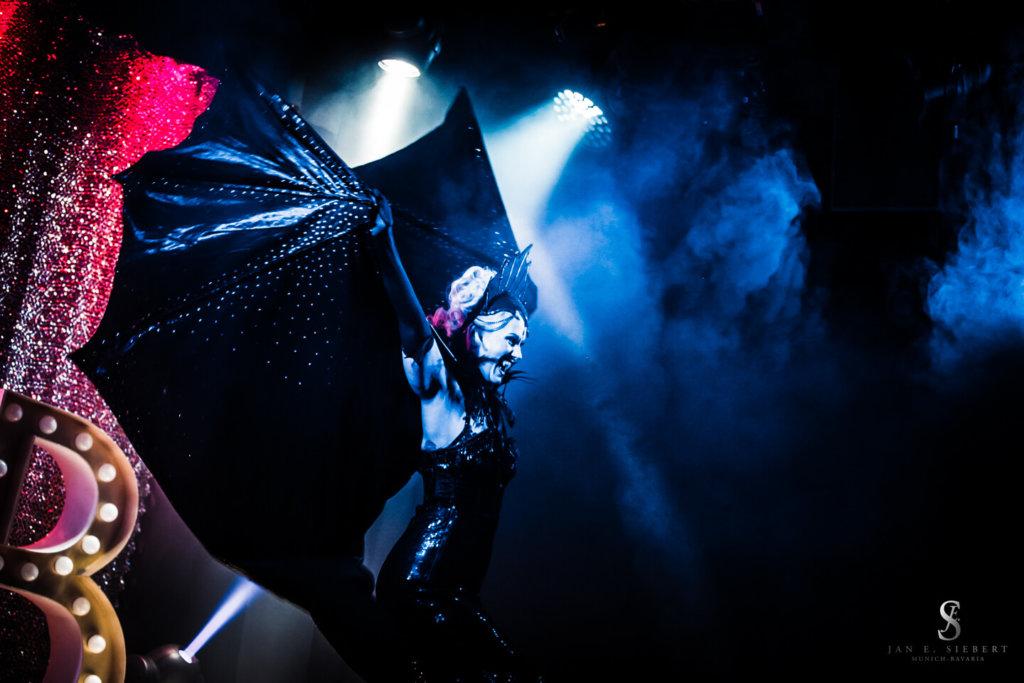 Rose Rainbow Vampire Act